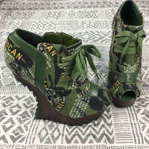 Liliana Anti Gravity Peep Toe Camo Heel Size 7